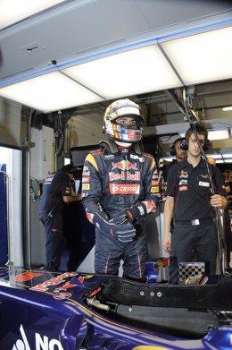 Carlos Sainz Jr debuta al mando de un F-1