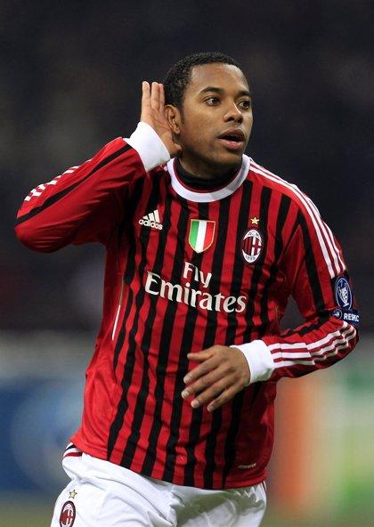 Robinho amplia su contrato con el Milan hasta 2016