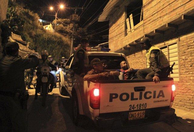 Policía Colombia en Cali