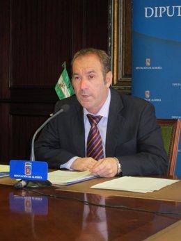 El Portavoz Del Equipo De Gobierno De Diputación, Luis Pérez