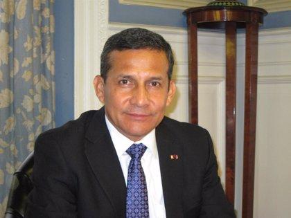 AMPL.- Perú.- Tres cargos electos del Constitucional y defensora del pueblo no asumirán para acabar con crisis política