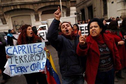 Capriles viaja a Chile para buscar apoyos para un posible recuento electoral