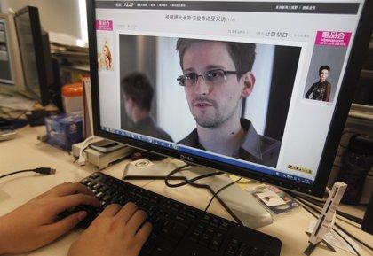 EEUU.- Un tribunal secreto renueva la autorización del programa revelado por Snowden para recolectar datos telefónicos