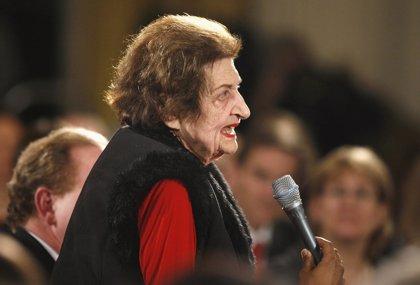 EEUU.- Helen Thomas, histórica reportera de la Casa Blanca, fallece a los 92 años de edad