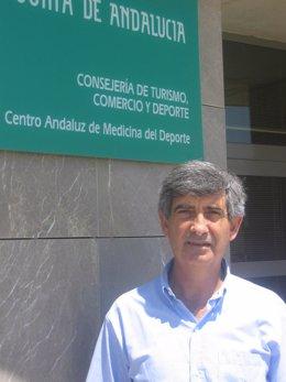José Carlos Jaenes presenta en Pekín la candidatura para el congreso mundial de