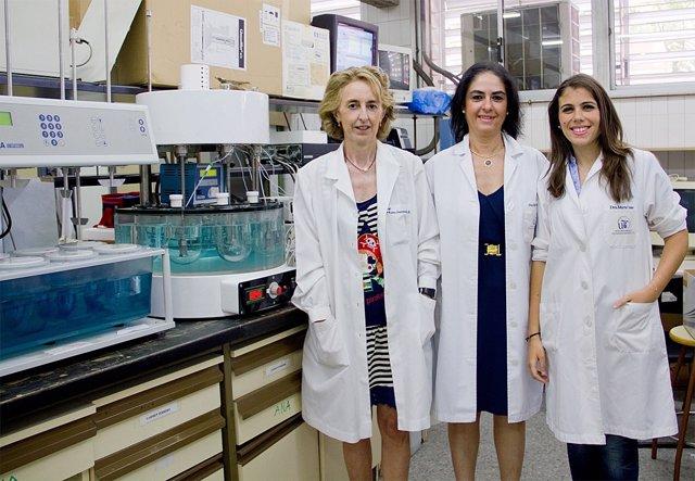 Investigadoras de la L-carnitina patra el tratamiento de estrías