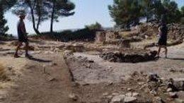 Arqueólogos descubren un gran horno culinario