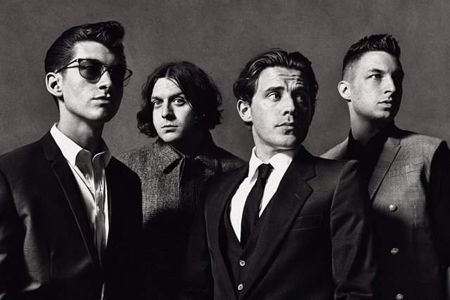 Arctic Monkeys lanza su nuevo single  'Why'd You Only Call Me When You're High?'