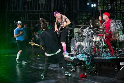 Red Hot Chili Peppers publican 6 canciones inéditas