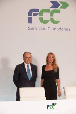 Esther Alcocer Koplowitz, y Juan Béjar