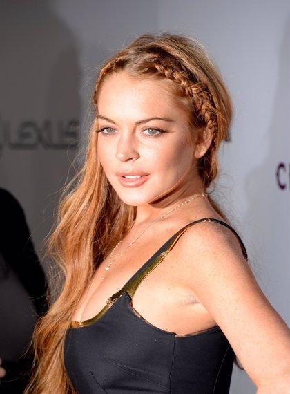 Lindsay Lohan cautivó al público en Chelsea Lately