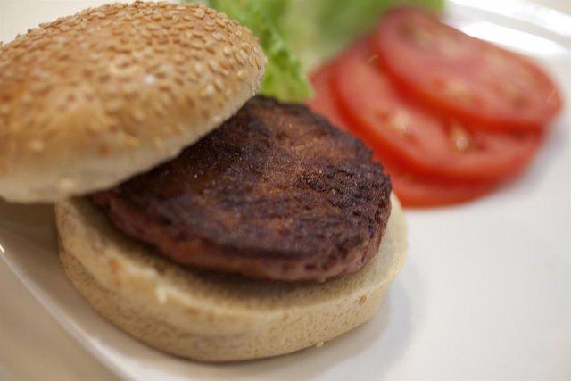La primera hamburguesa probeta del mundo