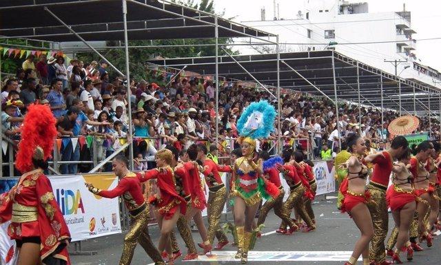 Comienza el festival mundial de la salsa en Cali, Colombia