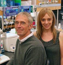 Ulrich Mueller y Cristina Gil-Sanz, el Instituto de Investigación de Scripps