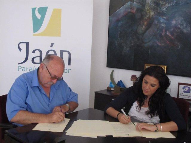Firma del convenio para musealizar el Real Pósito de Labradores de Carboneros