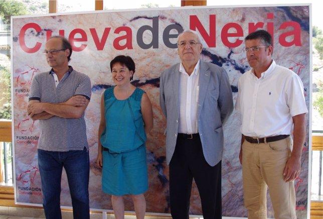 Hernández Mollar presenta un encuentro internacional sobre arte rupestre