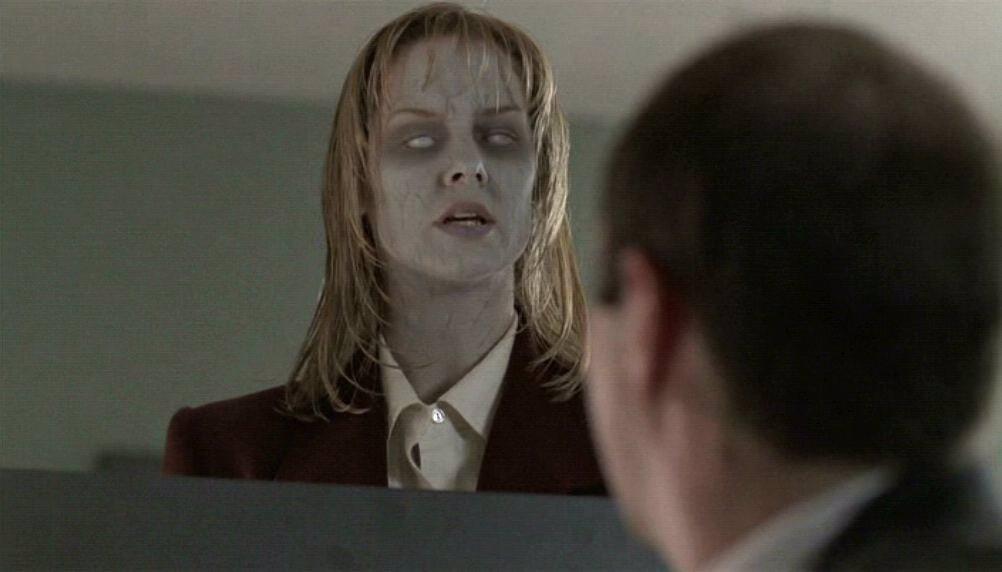 Una de las escenas de la serie 'Expediente X'