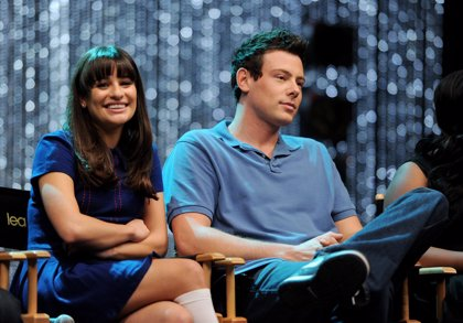 Lea Michelle está ayudando al creador de Glee a resolver la muerte de Cory en la serie