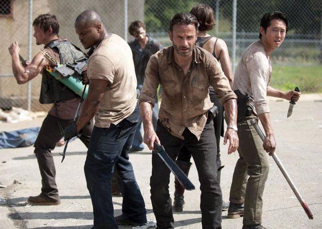 Los creadores y protagonistas de The Walking Dead destripan la cuarta temporada