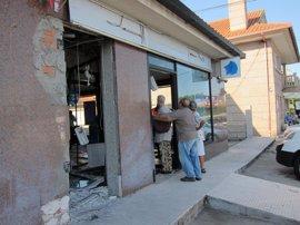 La explosión fue provocada por un artefacto ubicado en el exterior del cajero de Vigo