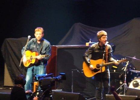 Damon y Noel
