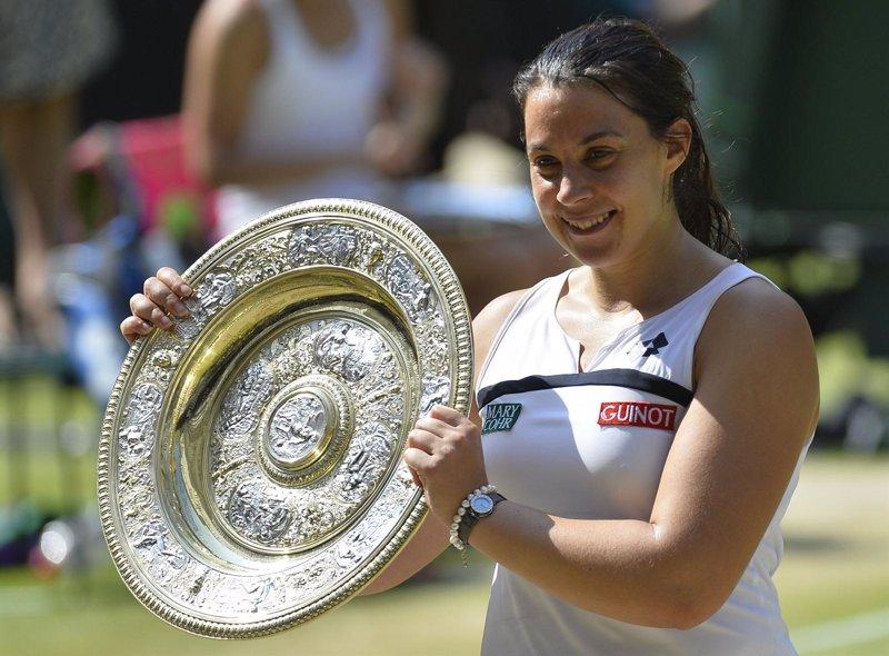 Bartoli, campeona de Wimbledon, anuncia su retirada