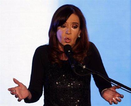 """Fernández: """"Discutiremos errores pero no con suplentes de listas electorales"""""""