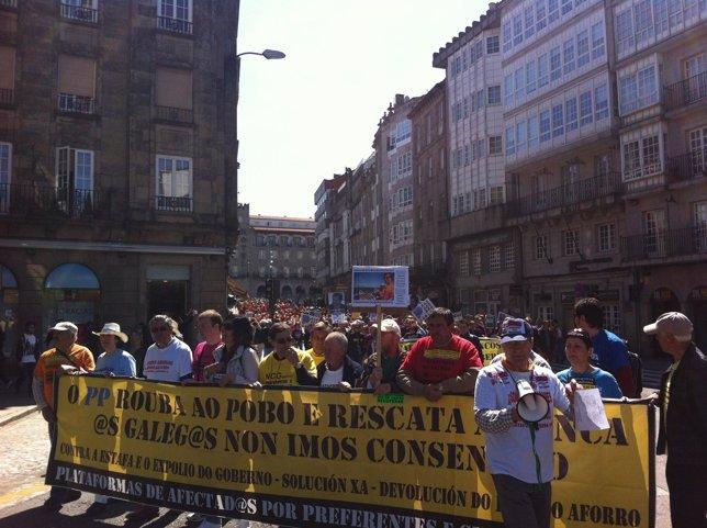 Manifestación de afectados por las preferentes en Santiago