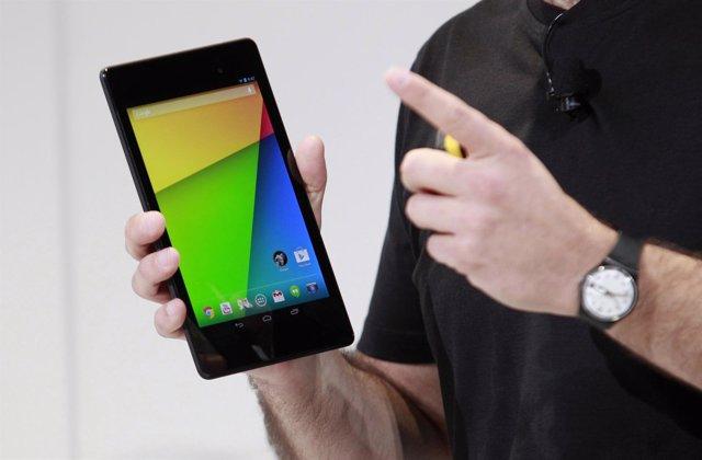 Hugo Barra, director de gestión de productos Android, presenta la nueva tableta