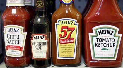 Brasil prohíbe la venta de lote de ketchup por pelo de roedores