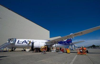 Argentina insta a LAN a abandonar aeropuerto de Buenos Aires
