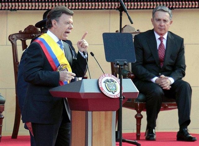 Presidente Colombia, Santos, y expresidente Uribe