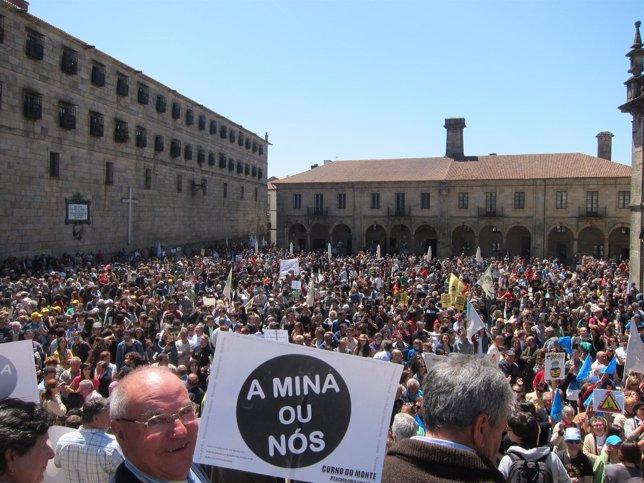 Manifestación en contra de la megaminería en Santiago
