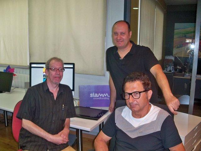 Promotores de la iniciativa 'Siamm' de crowdfunding.