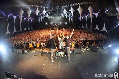 Linkin Park y Steve Aoki graban juntos