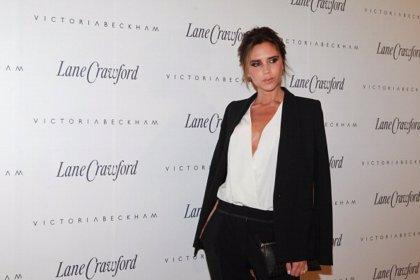 Victoria Beckham podría vestir a Christian y Anastasia en '50 sombras de Grey'