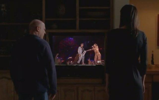 Breaking Bad alucina con la actuación de Miley Cirus