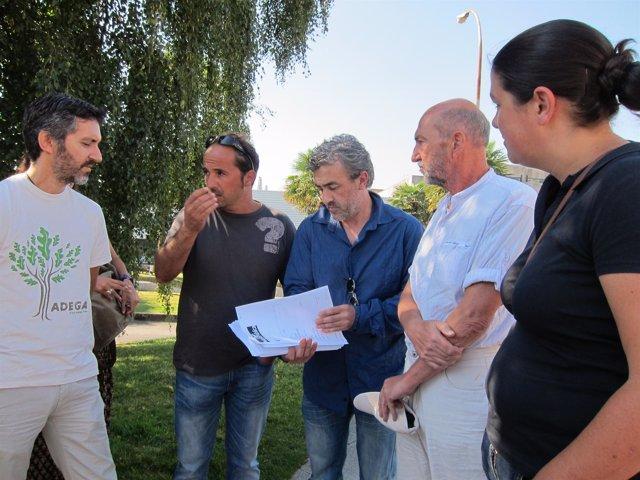 La Asamblea Galega contra o lume con las firmas en apoyo a sus propuestas