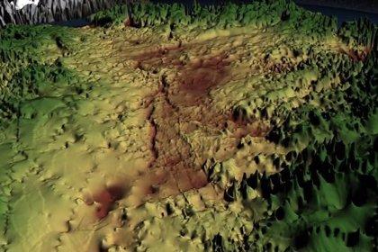 Descubren bajo cientos de metros de hielo un cañón como el del Colorado
