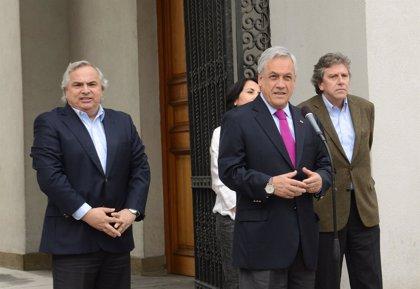 """Piñera: """"Tenemos que saber sacar lecciones de lo que ocurrió"""" en golpe militar"""