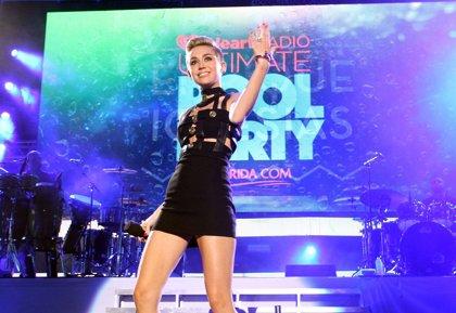 EEUU.- Miley Cyrus aconseja a los niños para que no sean actores