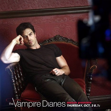 Ian Somerhalder interpretando a Damon Salvatore en The Vampire Diaries