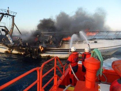 Pladesemapesga dice que no se activaron balsa y chalecos salvavidas en 'El Nene' y urge explicaciones a Fomento