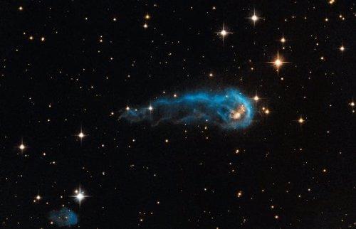 La protoestrella IRAS 20324+4057. NASA, ESA, Hubble Heritage Team (STScI/AURA) e
