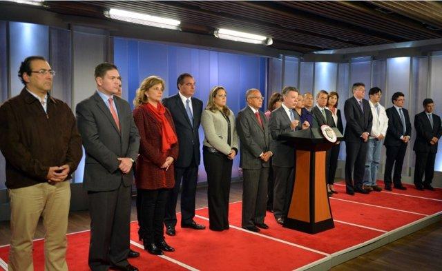 Santos presenta nuevo Gobierno