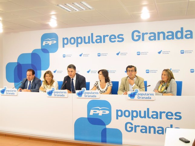 El grupo parlamentario del PP-A por Granada