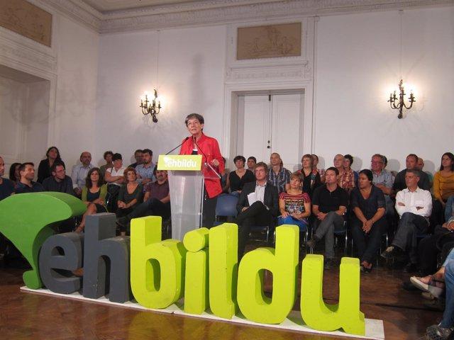 Laura Mintegi en el inicio del curso 2013-2014 de EH Bildu