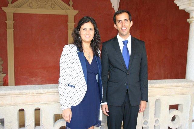 María José González y Sanjay Shadadpuri, ambos del grupo Almeida Viajes