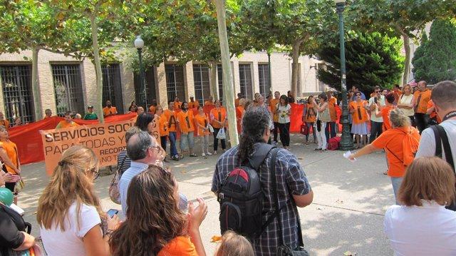 Concentración de Marea Naranja en rechazo a la reforma del IAI