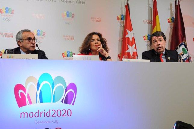 Ignacio González, Ana Botella y Alejandro Blanco en la rueda de prensa